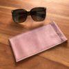 étui lunettes vieux rose