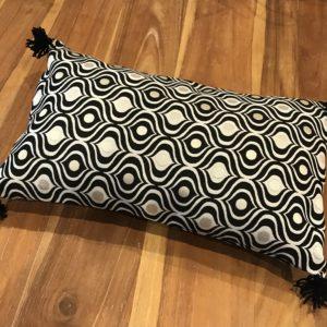 Coussin rectangulaire majo noir et blanc