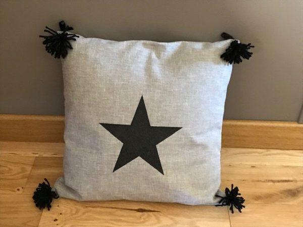 coussin carré étoile pailletée noir
