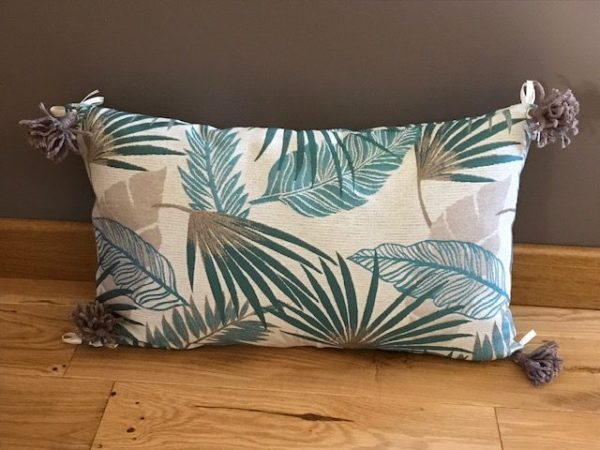 coussin rectangulaire aloha feuilles beige et bleu